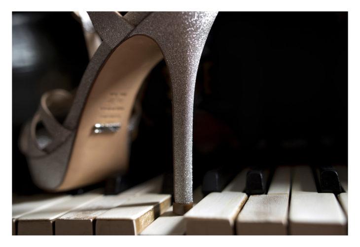 dettaglio fotografia di veronica masserdotti scarpa sposa