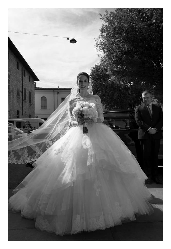 abito da sposa fotografia di maison veronica masserdotti fotografo