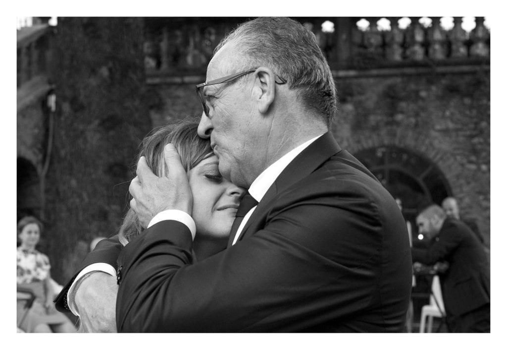matrimonio a villa Fassati - papà e figlia